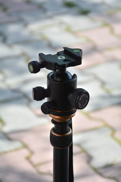 Cheap-Tripods-For-Video-Ball-Head-Tripod