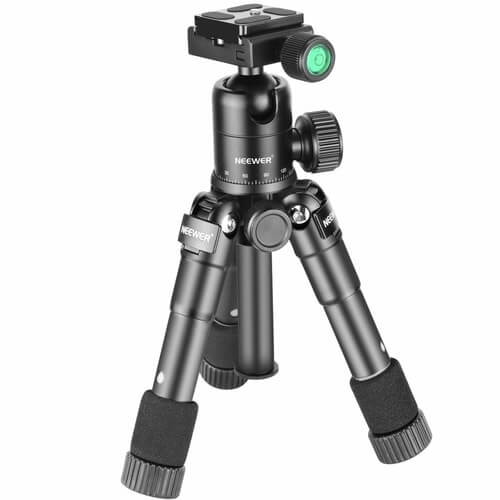 Cheap-Tripods-For-Video-Neewer-Macro-Mini-Tripod